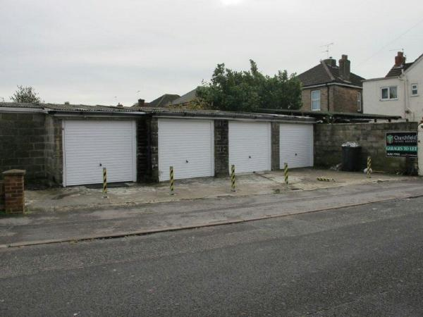 Garages Garage / Parking
