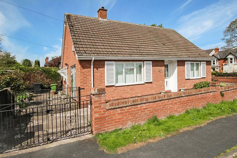 2 Bedrooms Bungalow for sale in KINGS ACRE