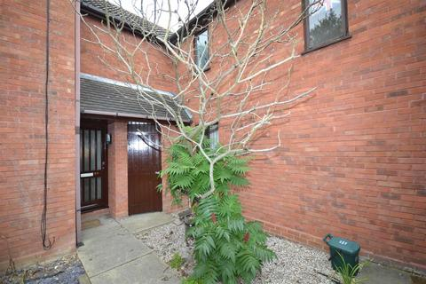 2 bedroom terraced house to rent - Coburg Place, South Woodham Ferrers