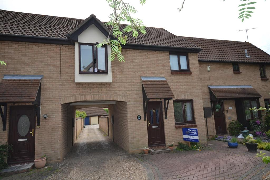 3 Bedrooms End Of Terrace House for sale in Carisbrooke Drive, South Woodham Ferrers