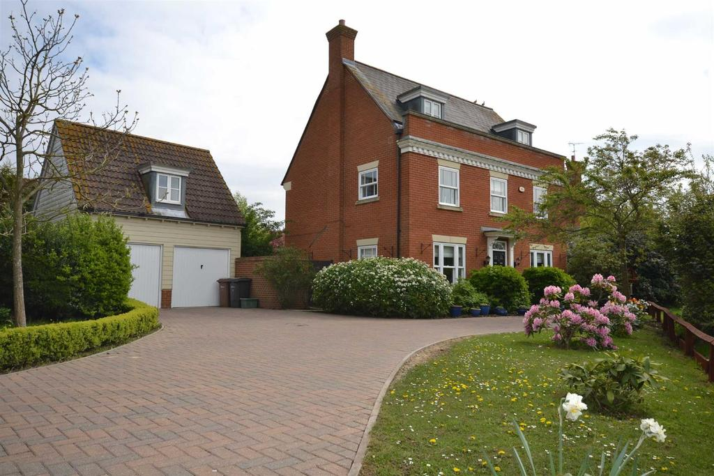 5 Bedrooms Detached House for sale in Mereworth Road, South Woodham Ferrers