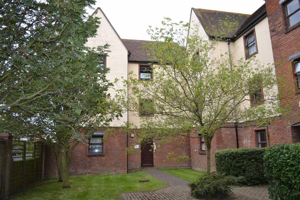1 Bedroom Apartment Flat for sale in Akenfield Close, South Woodham Ferrers
