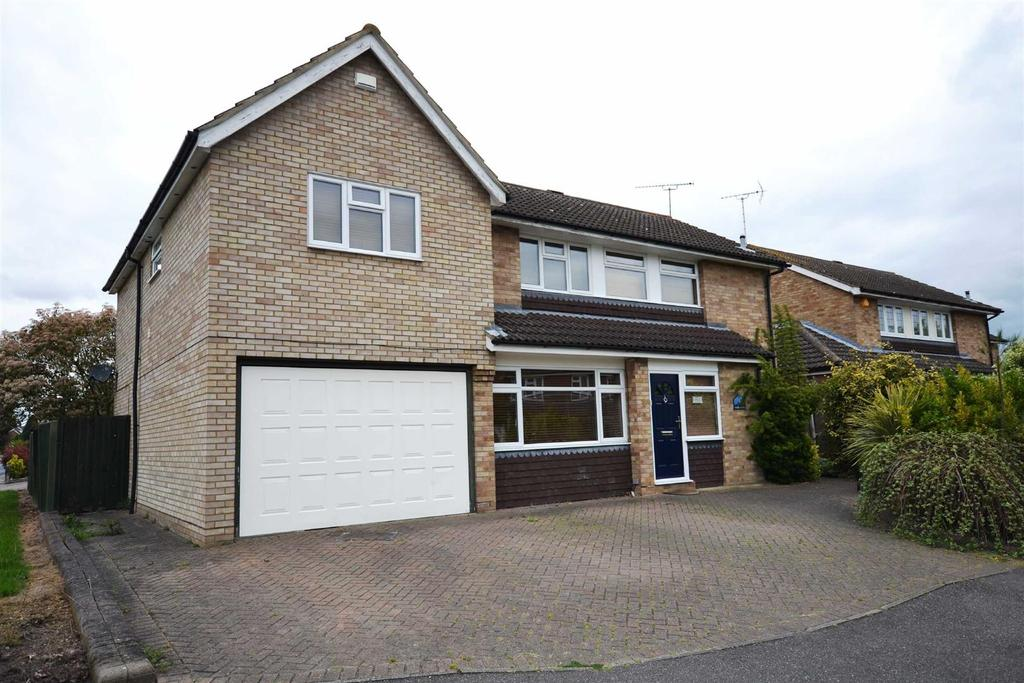 5 Bedrooms Detached House for sale in Longfield Road, South Woodham Ferrers