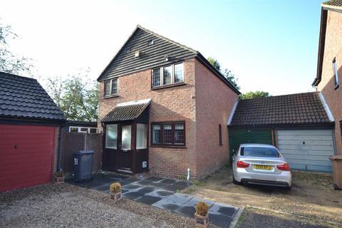 4 bedroom detached house to rent - Deerhurst Chase, Bicknacre