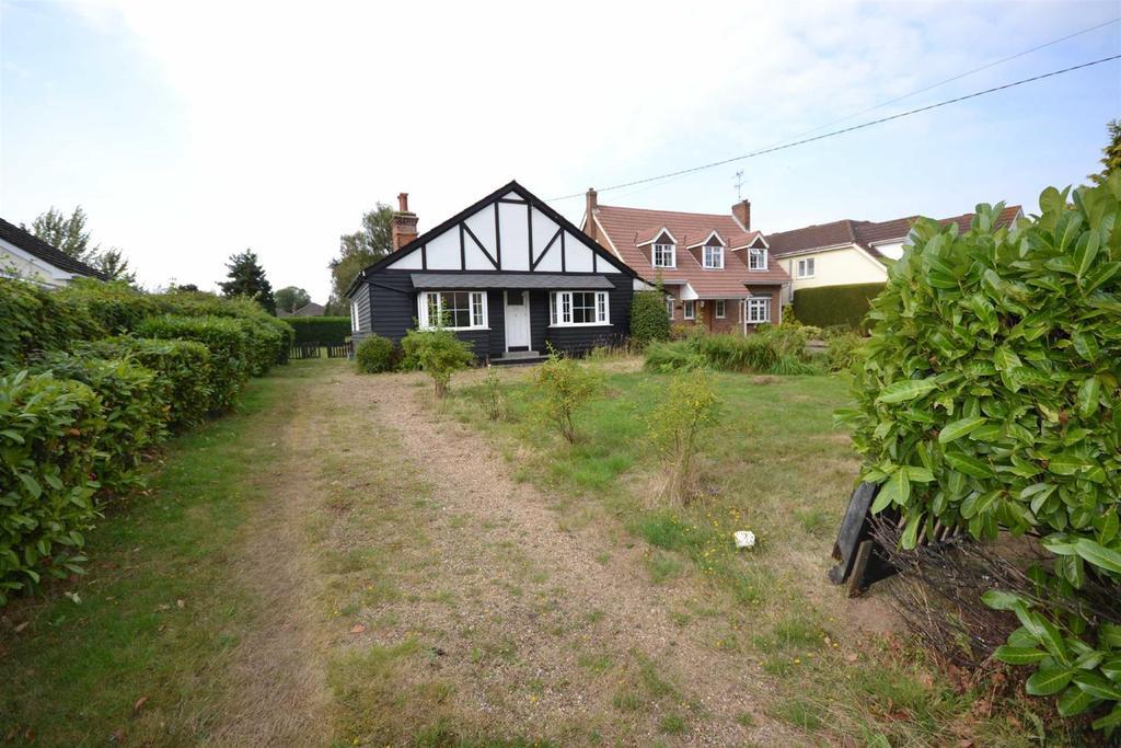 3 Bedrooms Bungalow for sale in Danbury