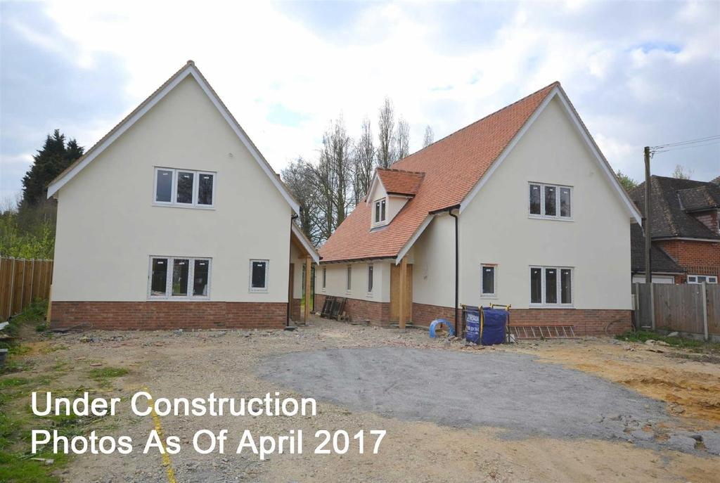 4 Bedrooms Detached House for sale in Post Office Road, Woodham Mortimer
