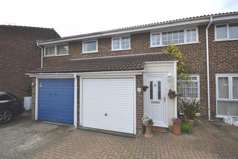 3 bedroom terraced house for sale - Cornflower Drive, Chelmsford