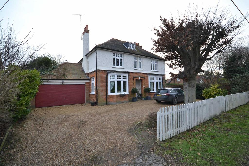 3 Bedrooms Detached House for sale in Maldon Road, Burnham-on-Crouch