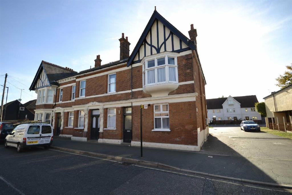1 Bedroom Apartment Flat for sale in Rose Crown Mews, Southminster