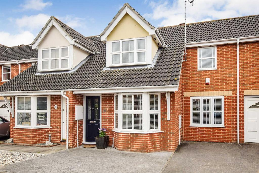 3 Bedrooms Terraced House for sale in Mariners Way, Maldon