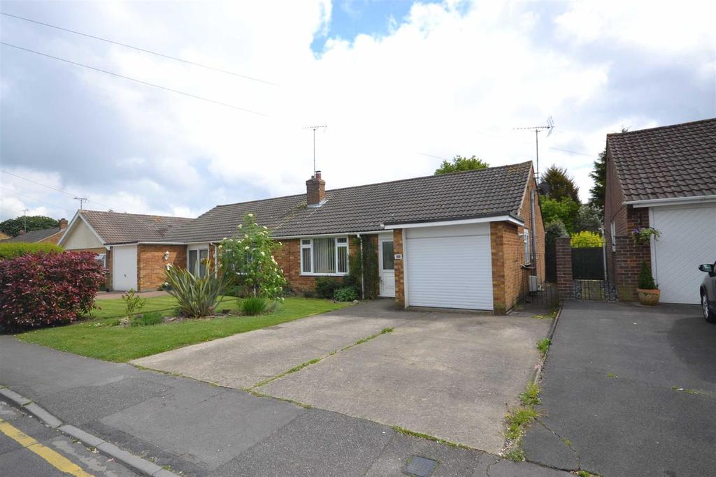 2 Bedrooms Bungalow for sale in Highlands Drive, Maldon