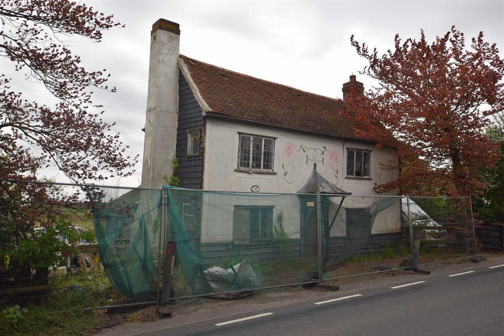 3 Bedrooms Cottage House for sale in Fambridge Road, Mundon, Maldon