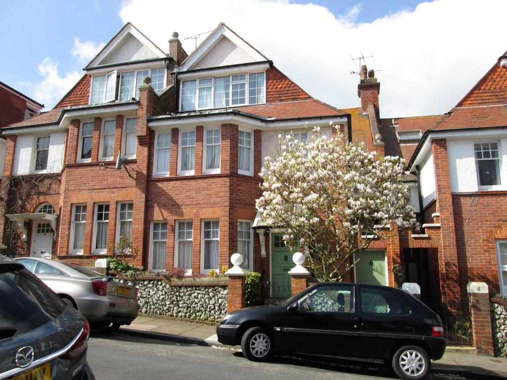 south cliff avenue eastbourne bn20 7ah 6 bed terraced house
