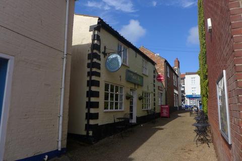 1 bedroom flat to rent - Market Row, Beccles
