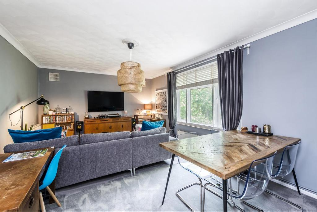 1 Bedroom Flat for sale in Oaklands Road, Bromley, BR1