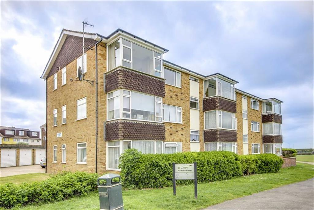 2 Bedrooms Flat for sale in Richmond Court, Richmond Road, Seaford