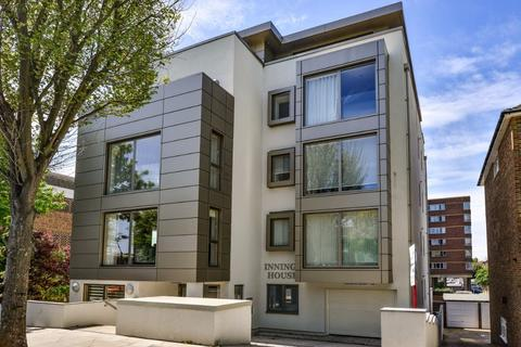 3 bedroom flat for sale - Palmeira Avenue, Hove, East Sussex, BN3