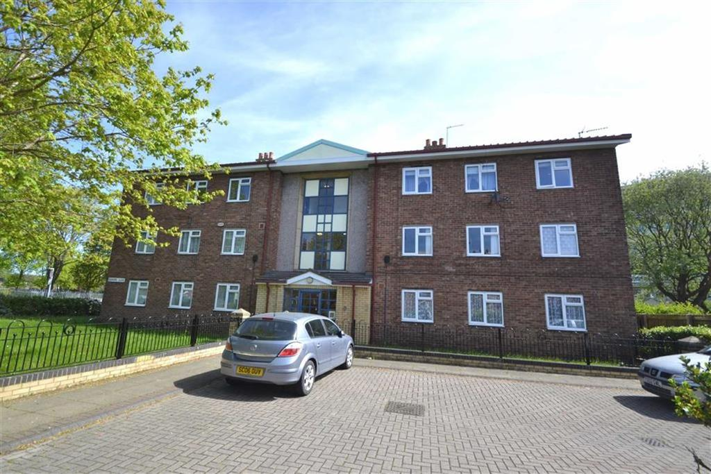 2 Bedrooms Apartment Flat for sale in Redfern Close, Hessle Road, Hull, East Yorkshire, HU3