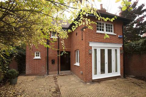 2 bedroom coach house to rent - Rupert Road, London, W4