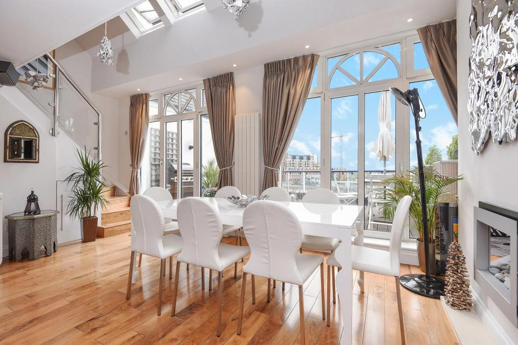 3 Bedrooms Penthouse Flat for sale in Clove Hitch Quay, Battersea, SW11
