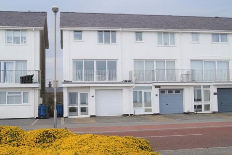 3 bedroom end of terrace house for sale - Victoria Parade, Pwllheli
