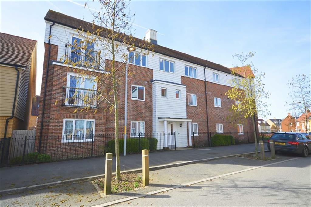 1 Bedroom Flat for sale in Sir Henry Brackenbury Road, Repton Park, Kent