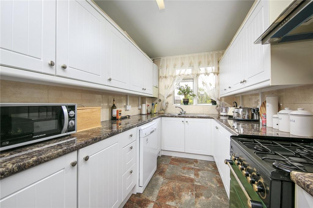 2 Bedrooms Flat for sale in Robinson Court, Townshend Terrace, Richmond, Surrey, TW9