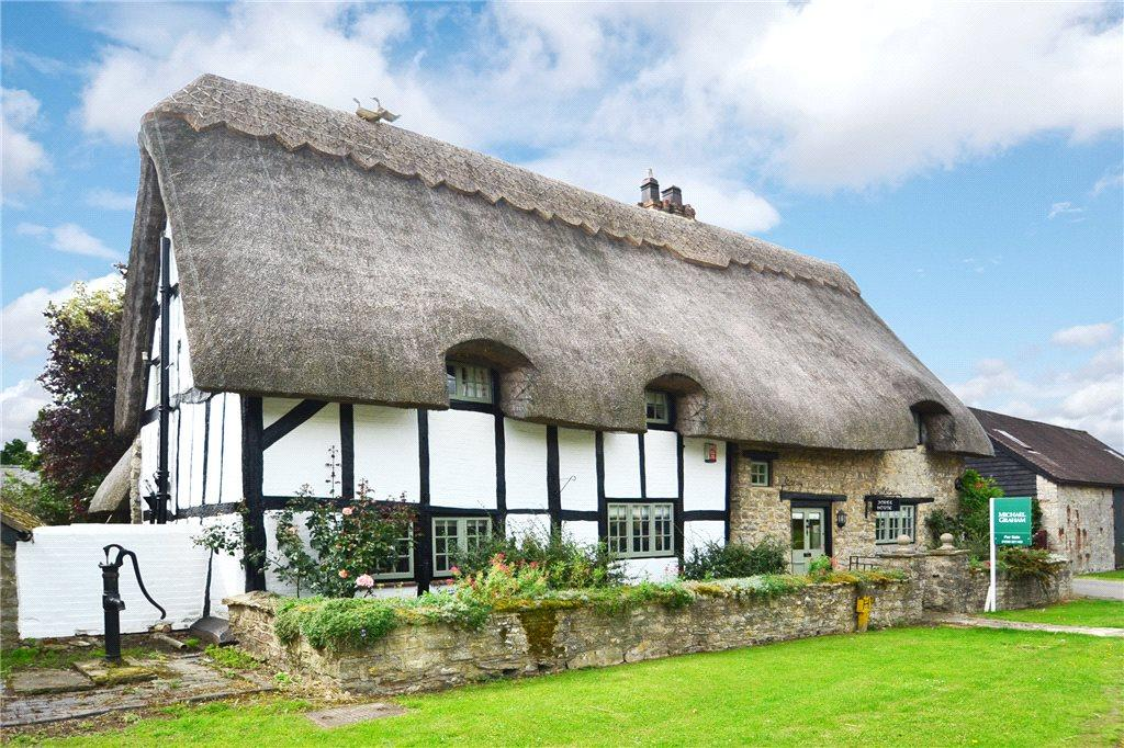 4 Bedrooms Unique Property for sale in Church Street, Marsh Gibbon, Buckinghamshire