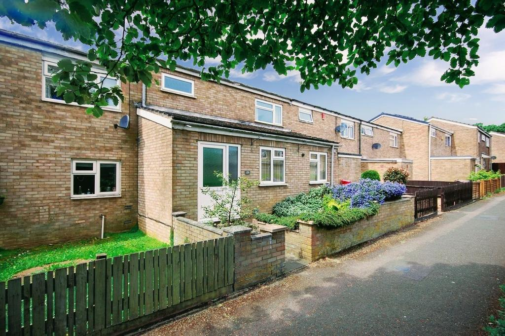 3 Bedrooms Terraced House for sale in Torquay Crescent, Stevenage