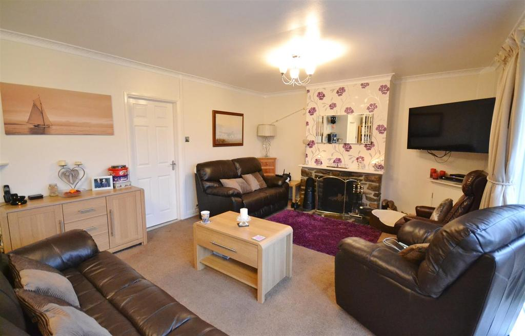 4 Bedrooms Detached Bungalow for sale in Letterston
