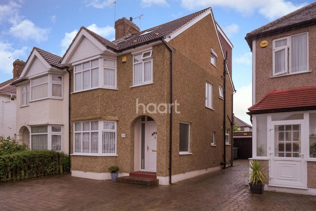4 Bedrooms Semi Detached House for sale in The Chase, HA8