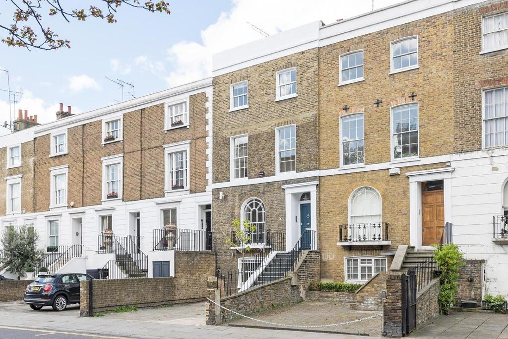 3 Bedrooms Terraced House for sale in Fulham Road, Chelsea