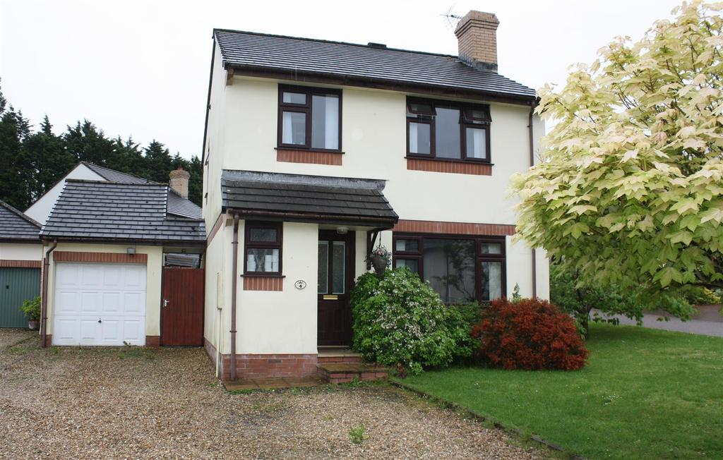 3 Bedrooms Detached House for sale in Marist Way, Barnstaple