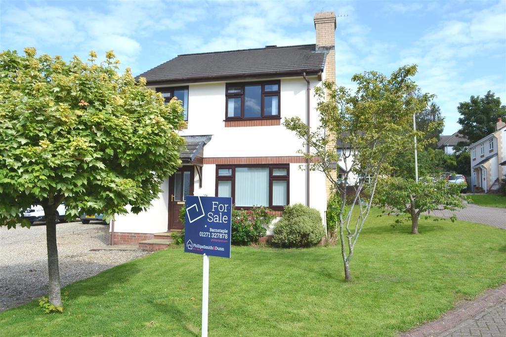 3 Bedrooms Detached House for sale in Marist Way, Barnstaple