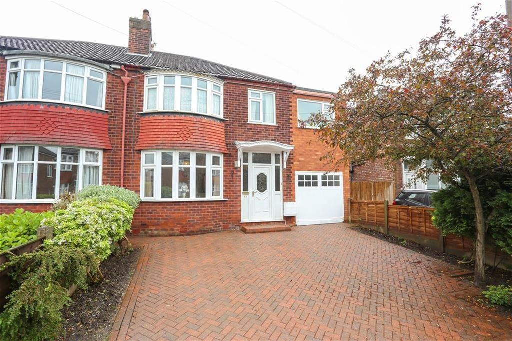 5 Bedrooms Semi Detached House for sale in Upton Avenue, Heaton Mersey