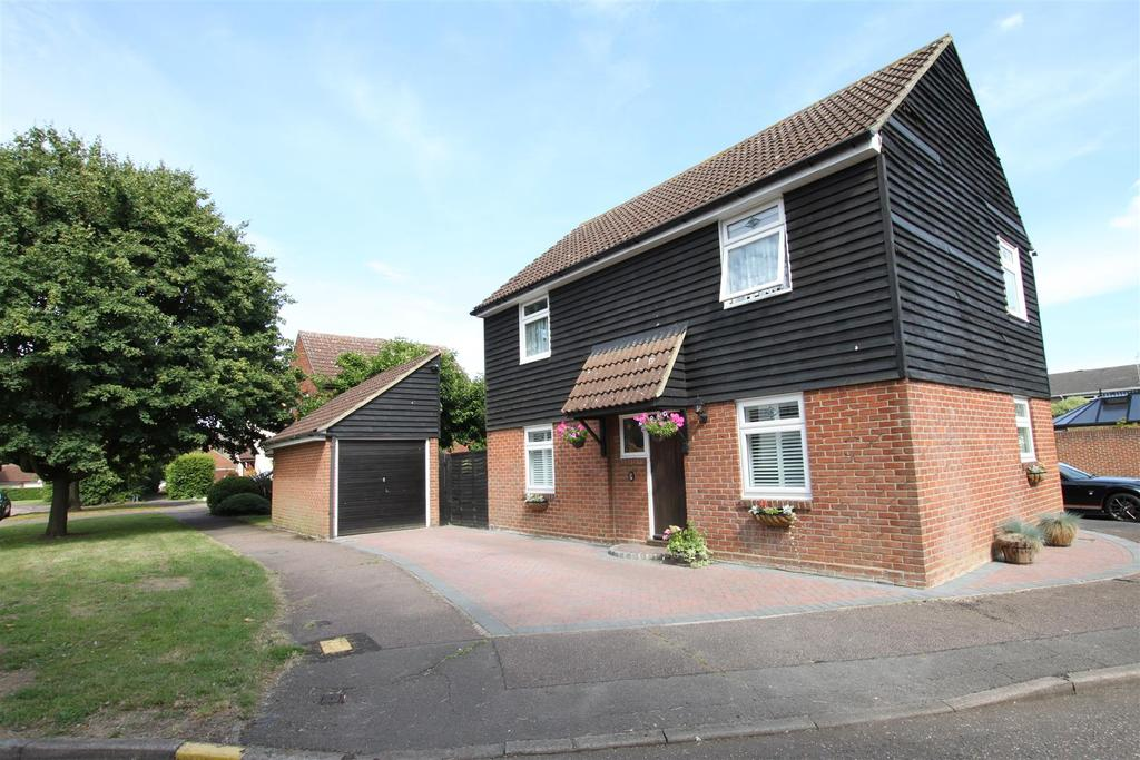 4 Bedrooms Detached House for sale in Kelvedon Green, Kelvedon Hatch, Brentwood