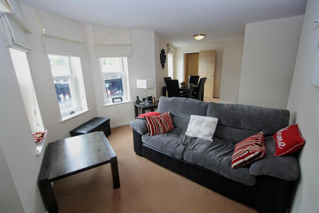2 Bedrooms Apartment Flat for sale in Kirklee House, Victoria Road, Darlington