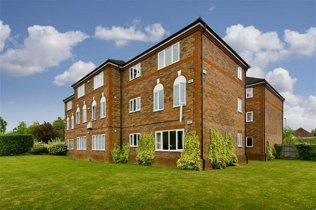 2 Bedrooms Flat for sale in Rembrandt Court, Ewell, Surrey