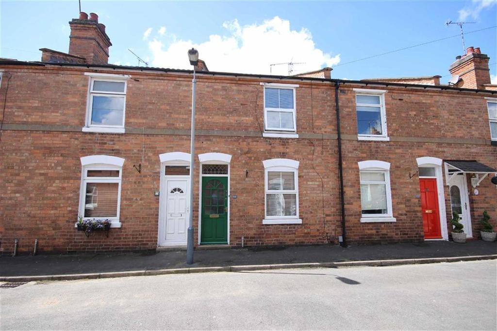 3 Bedrooms Terraced House for sale in Meadow Road, Warwick, CV34