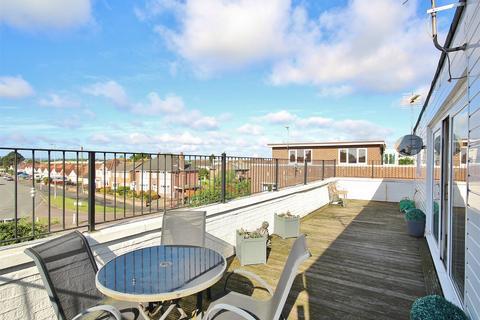 3 bedroom flat for sale - The Pentagon, 94 Stanley Green Road, Oakdale, POOLE, Dorset