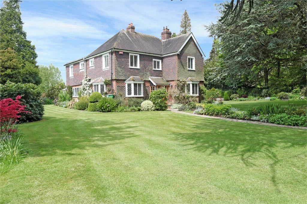 5 Bedrooms Detached House for sale in Sevenoaks, Kent