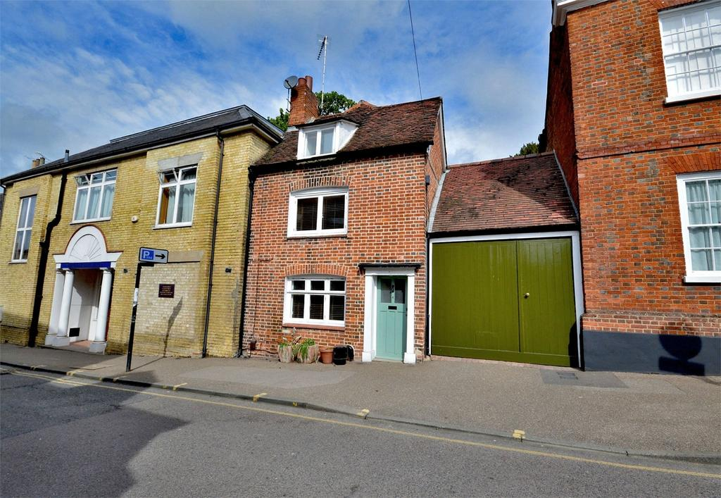 3 Bedrooms End Of Terrace House for sale in 4 Church Street, Saffron Walden