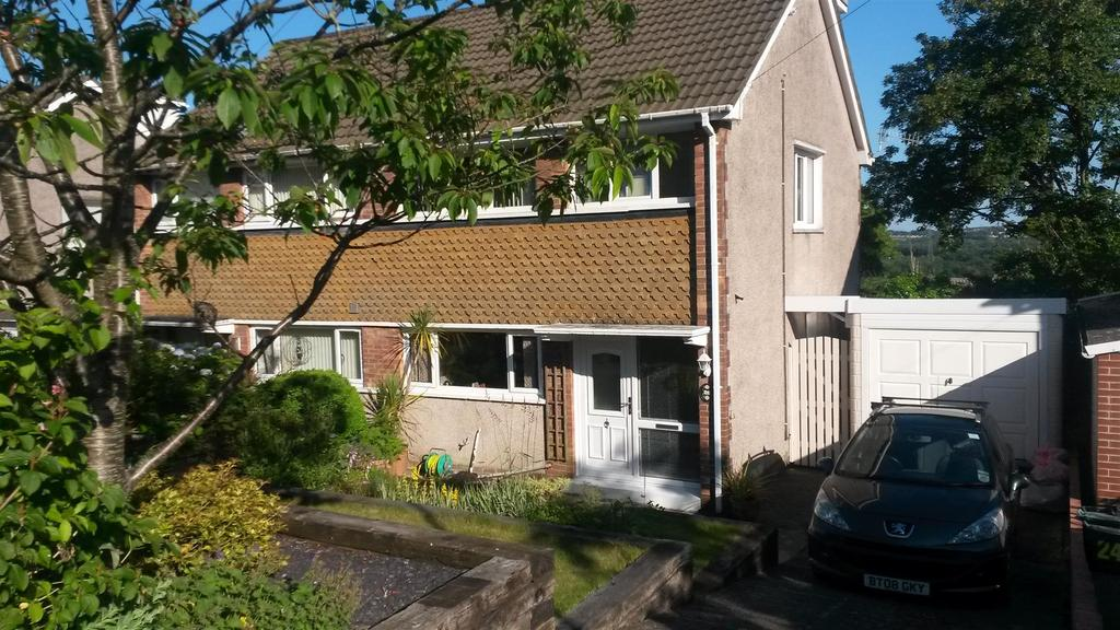 4 Bedrooms Semi Detached House for sale in Gwysfa Road, Ynystawe, Swansea