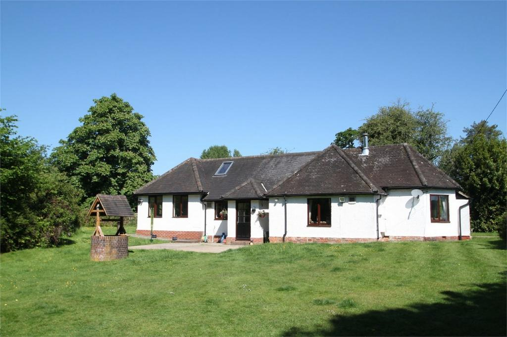 3 Bedrooms Chalet House for sale in Minstead, LYNDHURST, Hampshire