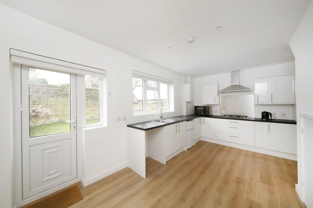3 Bedrooms House for sale in Highshore Road, Peckham, SE15