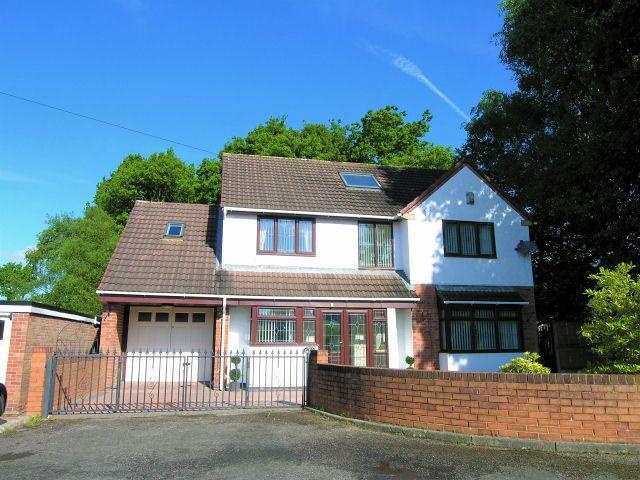 6 Bedrooms Detached House for sale in Spinney Close,Pelsall,Walsall