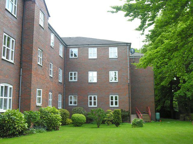 2 Bedrooms Flat for sale in High View,77 Highgate Road,Walsall