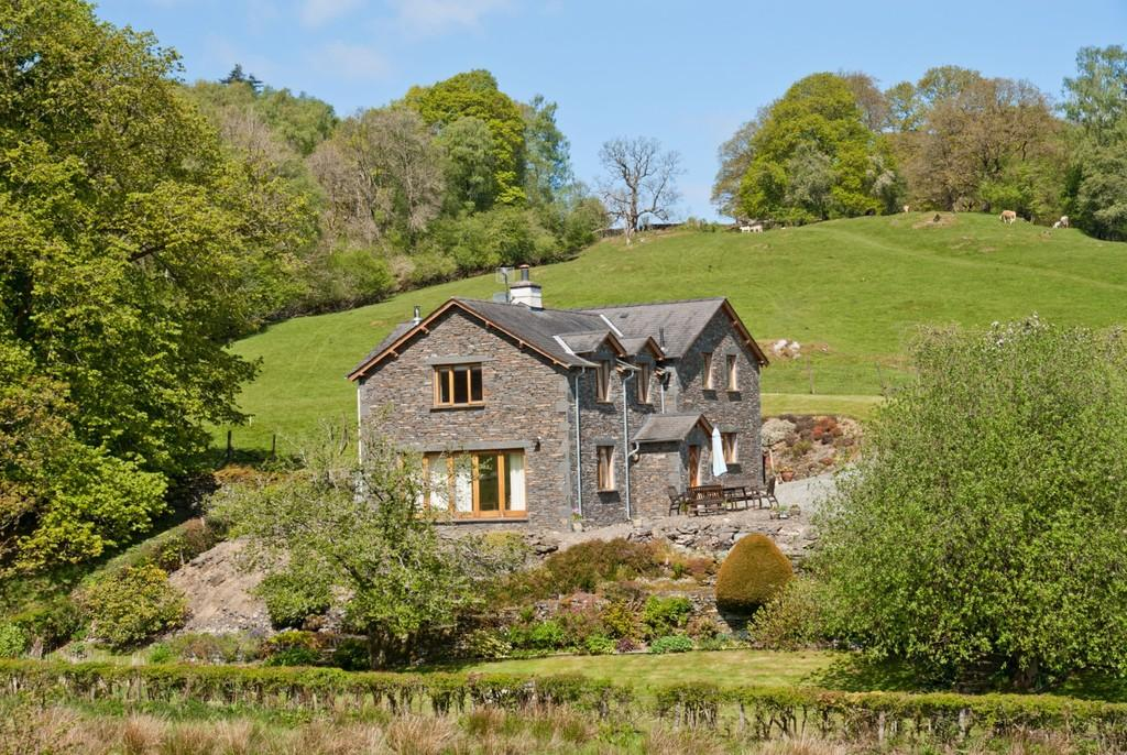 4 Bedrooms Detached House for sale in Pullbeck, Pull Woods, Ambleside, Cumbria LA22 0HZ
