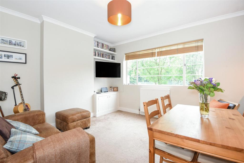 2 Bedrooms Flat for sale in Kersfield Road, Putney