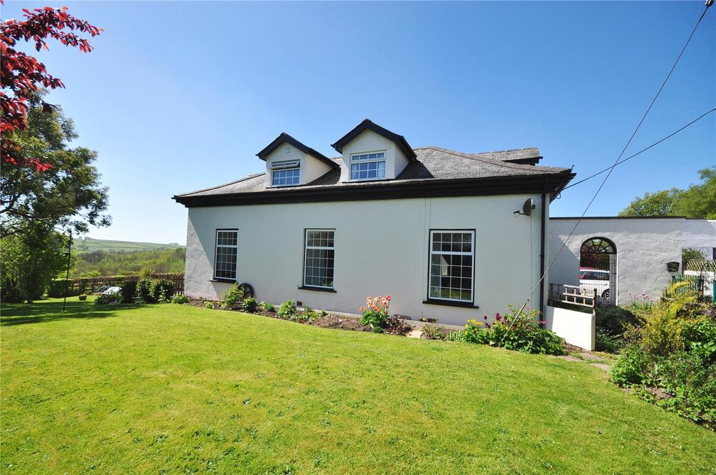 4 Bedrooms House for sale in Knowstone, South Molton, Devon, EX36